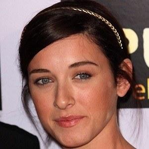 Margo Harshman 4 of 5