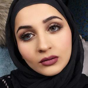Aamna Omar 3 of 3
