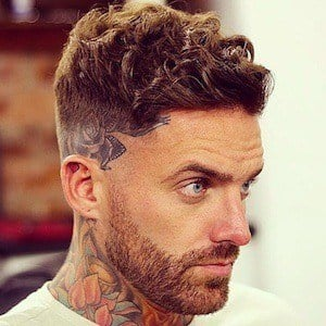Aaron Chalmers 5 of 10