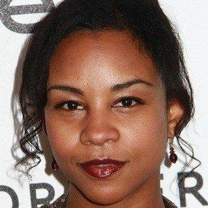Aasha Davis 5 of 6