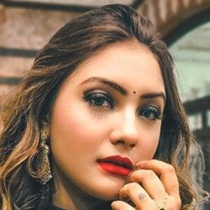 Aashika Bhatia 8 of 10