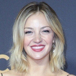 Abby Elliott 6 of 6