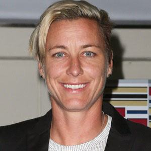Abby Wambach 3 of 6