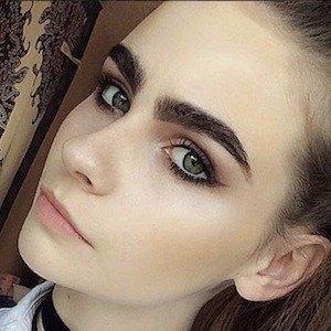 Abigail Joy 4 of 5