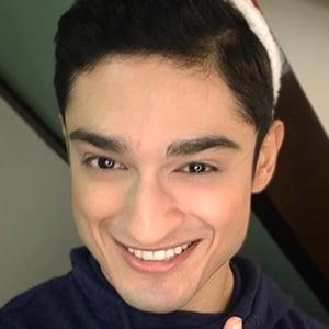 Addy Raj 5 of 6