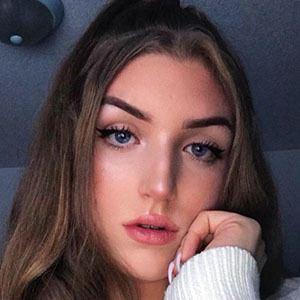 Adea Danielle 2 of 5