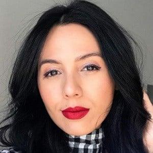 Adela Guerra 2 of 6