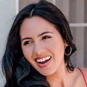 Adela Guerra 6 of 6