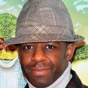 Adrian Lester 4 of 5