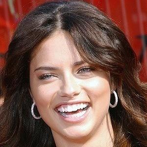 Adriana Lima 5 of 10
