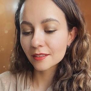 Adriana Puente 3 of 6