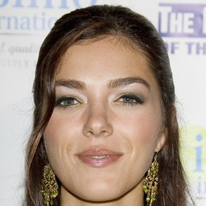 Adrianne Curry 7 of 10
