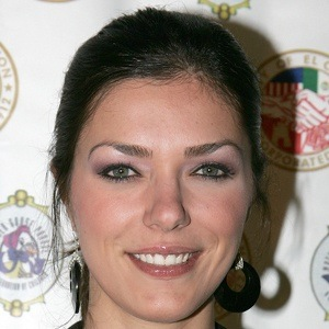 Adrianne Curry 9 of 10