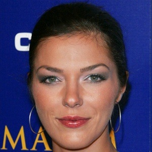 Adrianne Curry 10 of 10