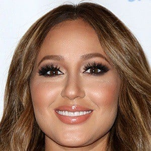 Adrienne Bailon 6 of 9