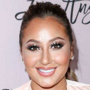 Adrienne Bailon 7 of 9