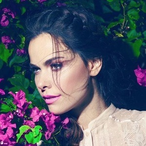 Adrienne Ferreira 6 of 6