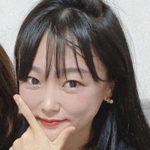 Ae Jeong 4 of 10