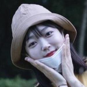 Ae Jeong 5 of 10