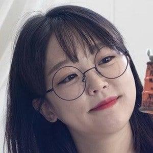 Ae Jeong 7 of 10