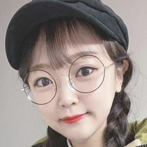 Ae Jeong 10 of 10