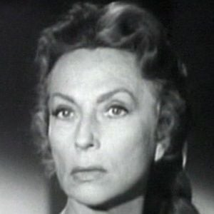 Agnes Moorehead 5 of 6