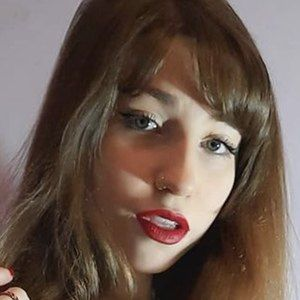 Agustina Paloni Headshot 3 of 10