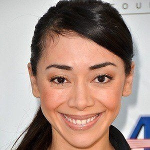 Aimee Garcia 5 of 6