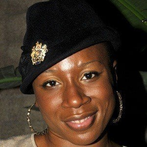 Aisha Hinds 3 of 10