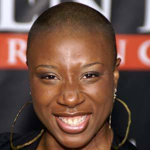 Aisha Hinds 4 of 10