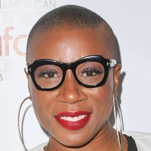 Aisha Hinds 7 of 10