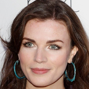 Aisling Bea 4 of 7