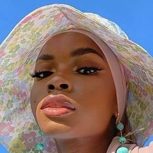 Aissata Diallo 6 of 10