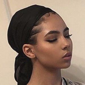 Aiyana Sakari 5 of 10