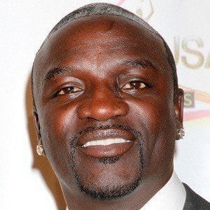 Akon 2 of 9