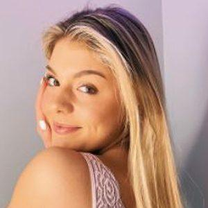 Alaina Johnston Headshot 10 of 10
