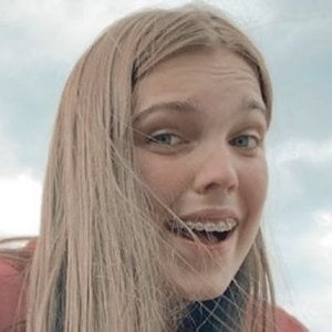 Alana Clements Headshot 2 of 10