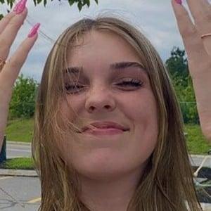 Alana Clements Headshot 8 of 10
