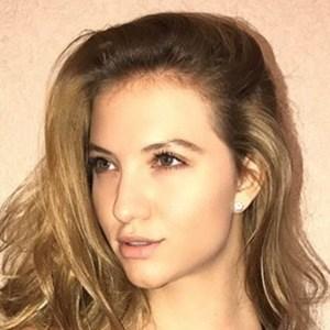 Alana Duval 4 of 6