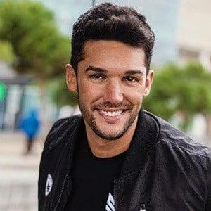 Alberto Santana 2 of 5