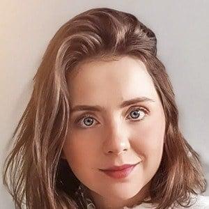 Ale Ivanova Headshot 7 of 10