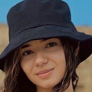 Aleidys Krystal Rodriguez Headshot 8 of 10