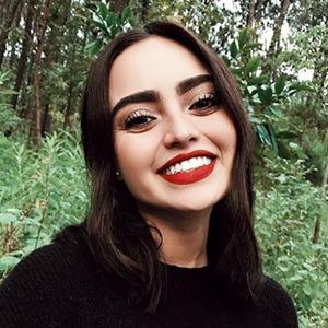 Alejandra Castaneda 3 of 6