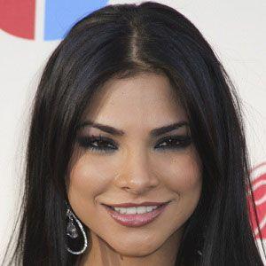 Alejandra Espinoza 2 of 3