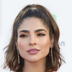 Alejandra Espinoza 4 of 4