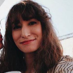 Alejandra Remón 4 of 6
