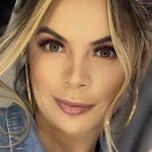 Alejandra Serje Headshot 9 of 10