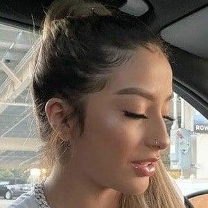 Alejandra Soacha Headshot 6 of 9