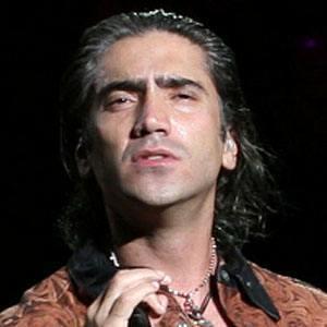 Alejandro Fernández 3 of 3
