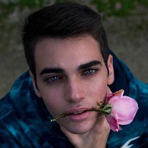 Alejandro Prada 5 of 5